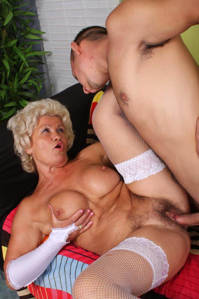 Free grandma porn video